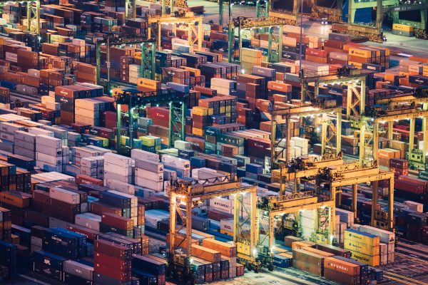 Comp_005_E_Containers_2560